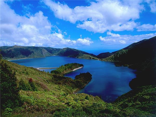 Azores walking holiday, Portugal