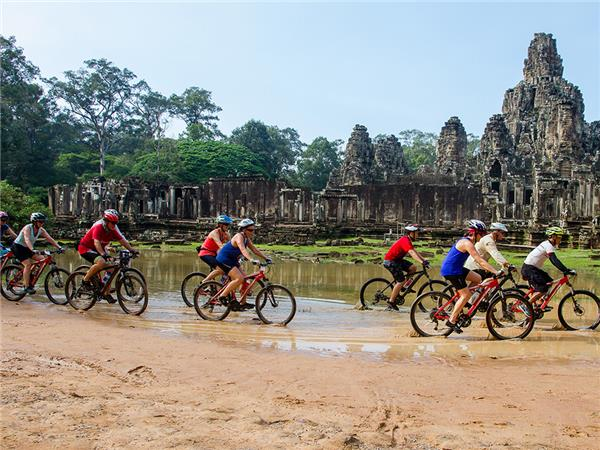 Cycling holiday in Indochina