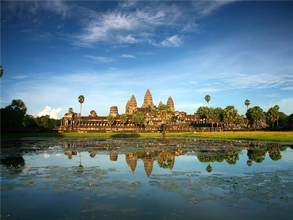 Vietnam and Angkor Wat small group tour