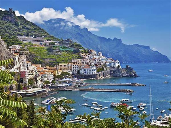 Amalfi Coast and Bay of Naples holidays