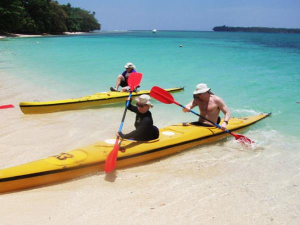 Papua New Guinea sea kayaking holiday