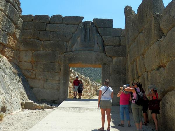 Archaeology holiday in Greece