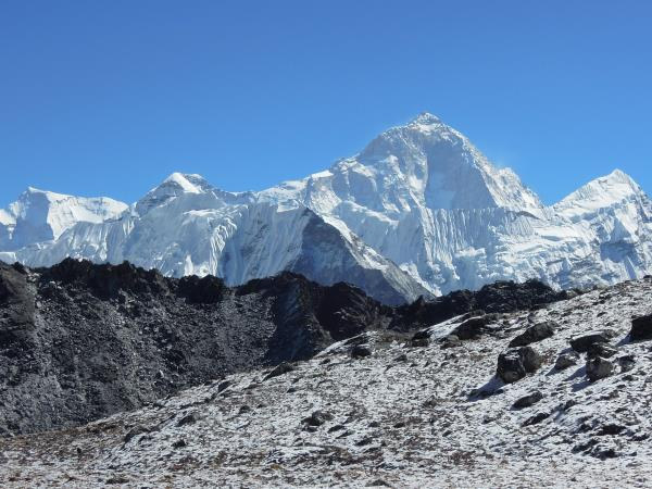 Everest trekking tour