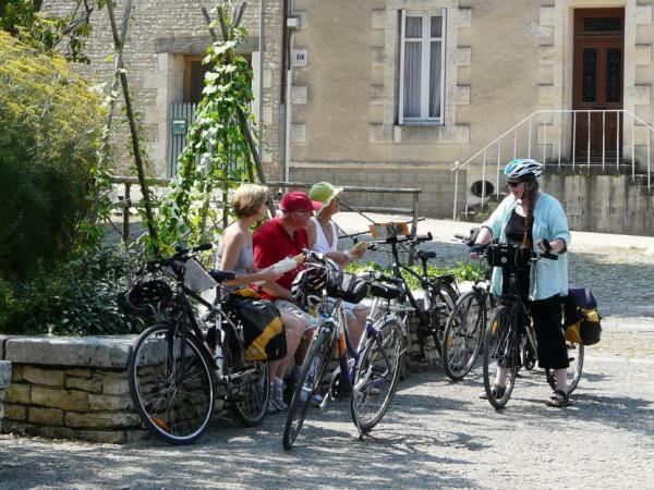 6886d3e02510b Cycling holidays in France. Tours & holidays in 2019 & 2020