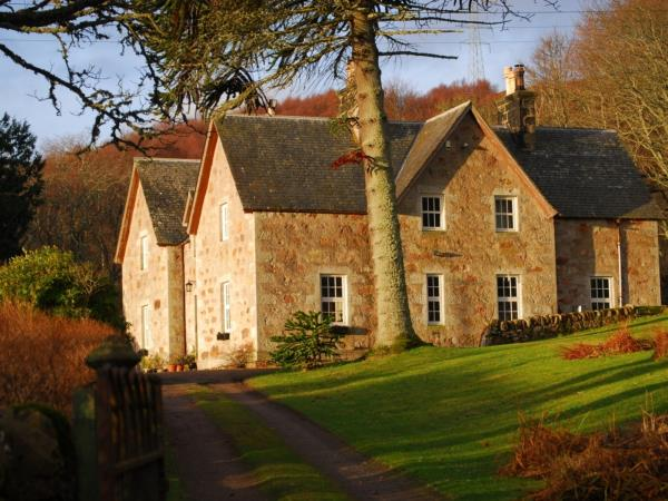 East Sutherland farmhouse bed & breakfast, Scottish Highlands