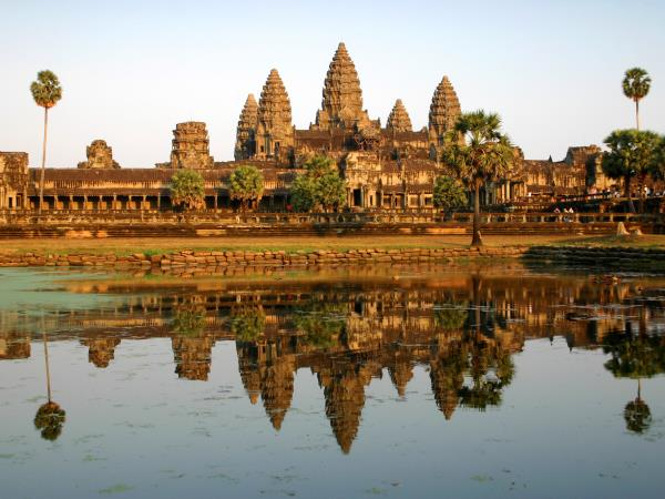 Cambodia tailor made holiday, Siem Reap to Phnom Penh