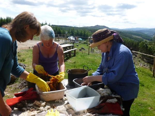 Scottish highlands holidays tours holidays in scottish for The art and craft of natural dyeing
