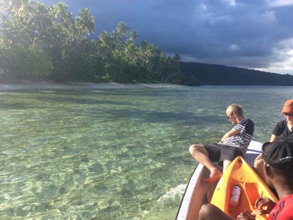 Fiji kayaking holiday