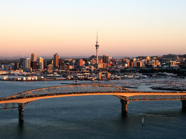 New Zealand small group tour, 21 days