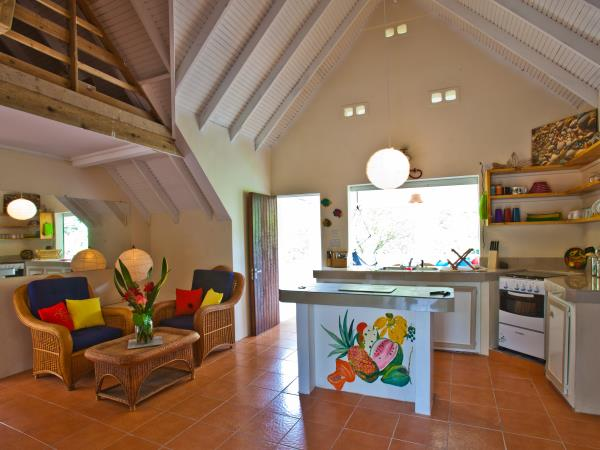 Dominica holiday cottage in botanical gardens
