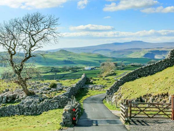 Yorkshire Dales walking holiday, short break
