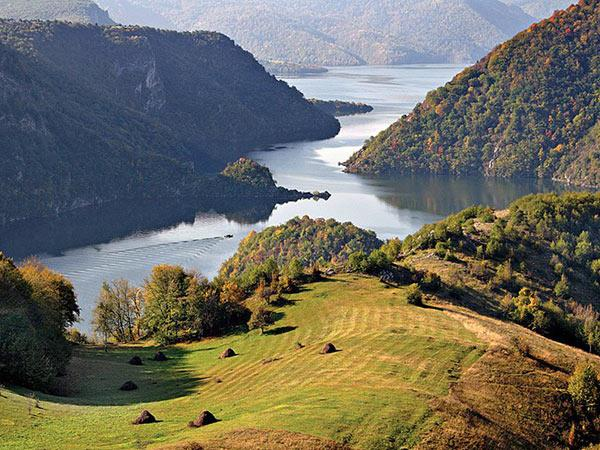 Serbia holiday, small group tour