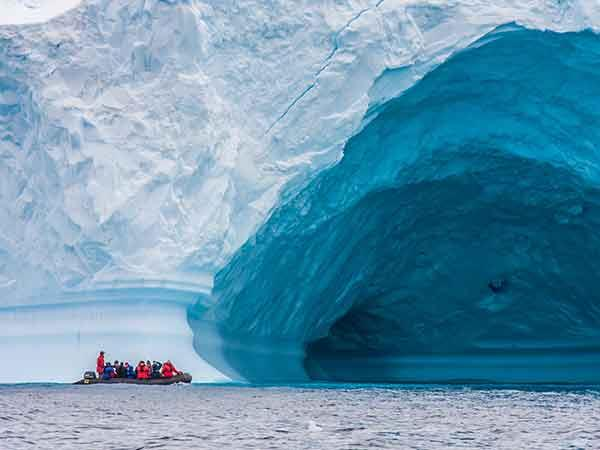 South Shetland Islands and Antarctic Peninsula cruise