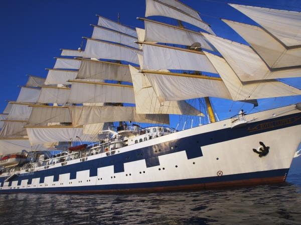 Star clipper yoga cruise in Greece