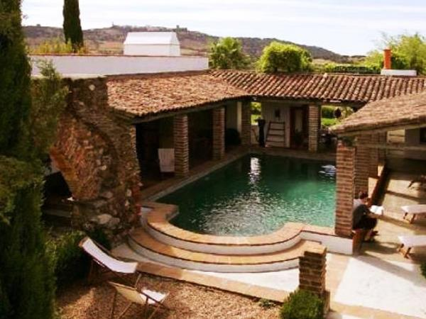 Alentejo rural family accommodation, Portugal
