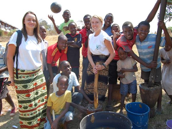 Community & wildlife volunteering in Malawi