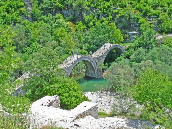 Greece self drive holidays, Vikos' Unesco Geopark