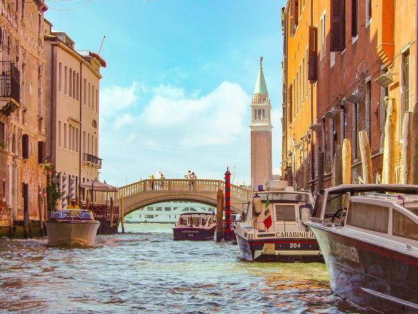Venice holiday and islands in Italy