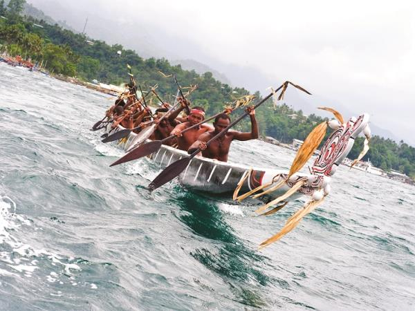 Papua New Guinea holiday, Tribes & Traditions