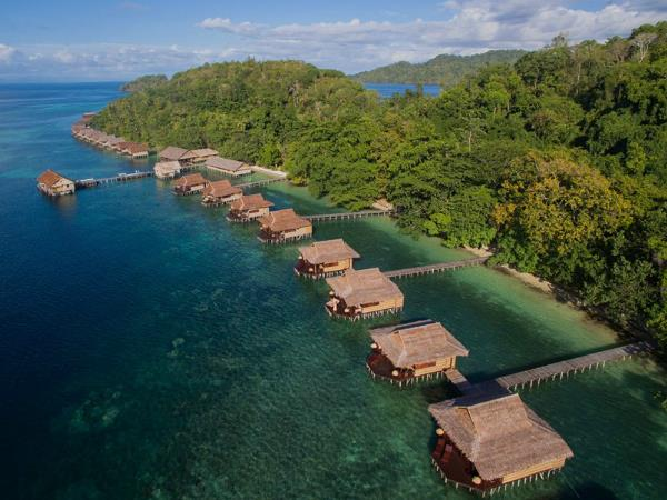 Raja Ampat diving holiday, plus Java tour, Indonesia