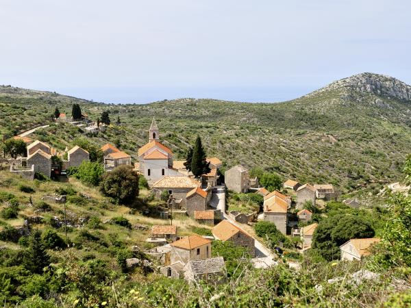 Self guided hiking in Brac and Hvar, Croatia
