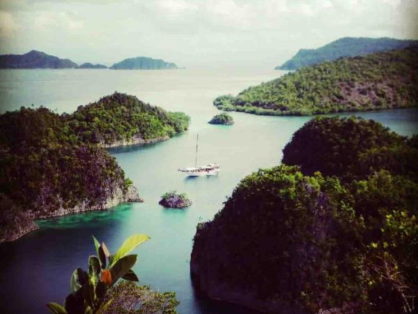 Raja Ampat conservation expedition in Indonesia