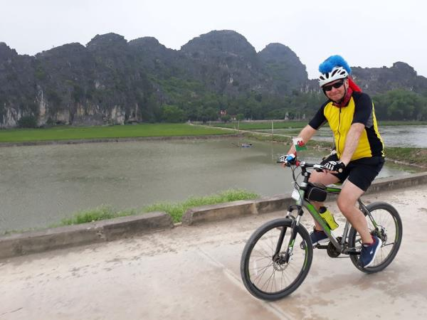 Vietnam to Laos cycling holiday