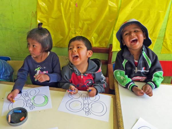 Children's day care volunteering in Peru