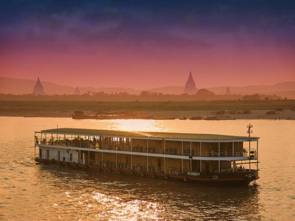 Mandalay to Bagan cruise in Burma
