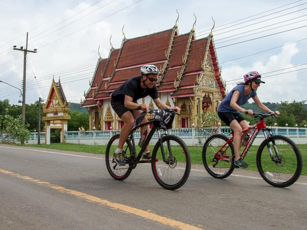 Hanoi to Halong Bay cycling holiday, Vietnam