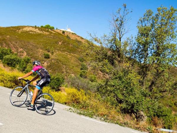 Eastern Algarve guided cycling holiday