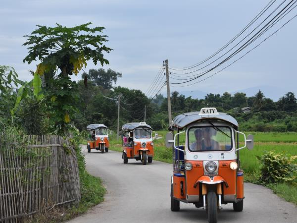 Learn to drive a Tuk Tuk & holiday in Thailand