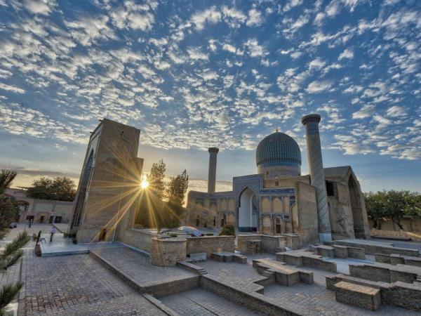 Uzbekistan tour, nature and culture