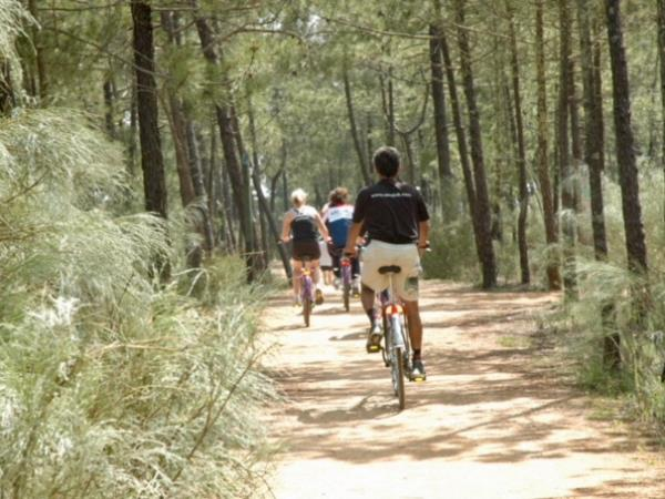 Family cycling holiday in the Algarve