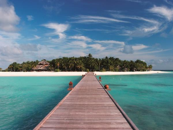 Maldives luxury beach resort