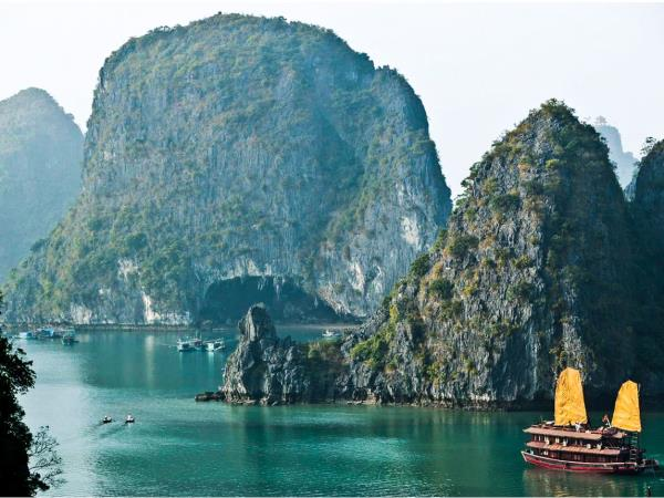 Vietnam highlights tailor made tour