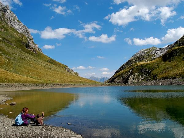 Guided walking and culture in the Pyrenees
