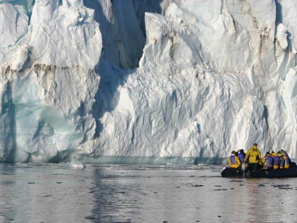 Arctic holiday for explorers