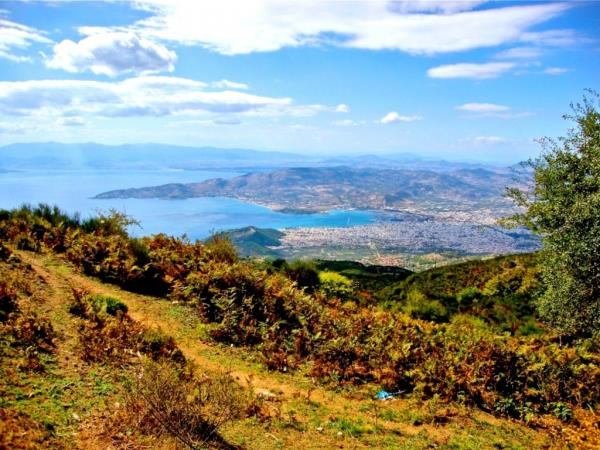 Pelion walking holiday in Greece