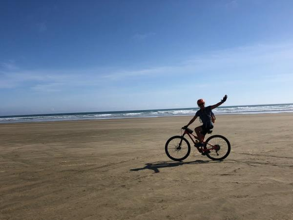 New Zealand north to south cycling holiday