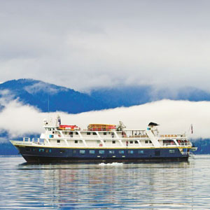 Alaska cruising travel guide