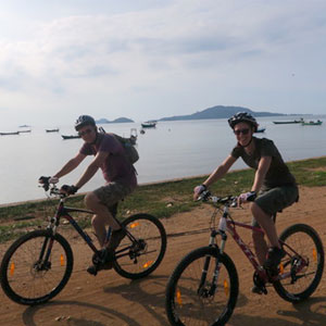 Cambodia cycling holidays guide