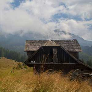 Top Romania walking routes