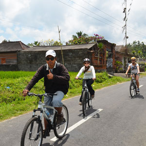 Indonesia cycling holidays guide