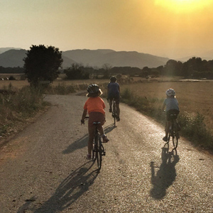 Family cycling holidays in Catalonia