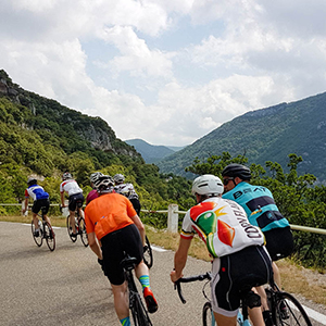 Types of cycling holidays in France