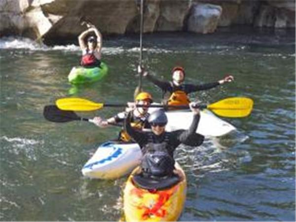 Learn how to kayak holiday in the Ardeche, France