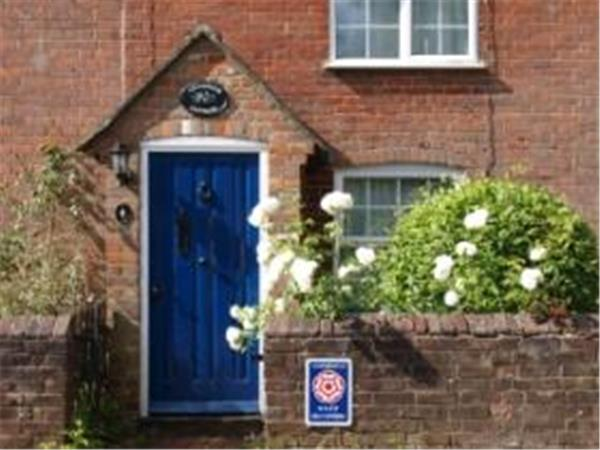 Lee village holiday cottage nr Great Missenden, England