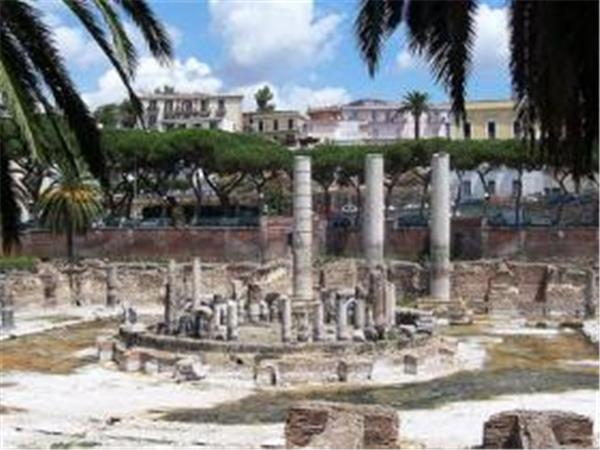 Archeology holiday in Italy, Campania region