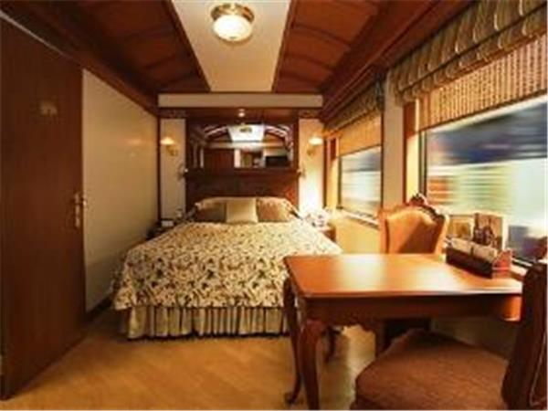India luxury train holiday, Maharajas Express
